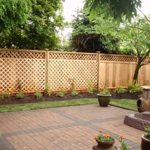 Separè da giardino: alcune idee belle e funzionali per garantire la privacy
