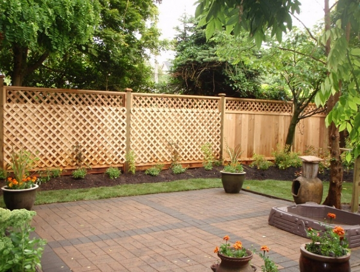 Divisori In Legno Per Giardino.Separe Da Giardino Alcune Idee Belle E Funzionali Per Garantire