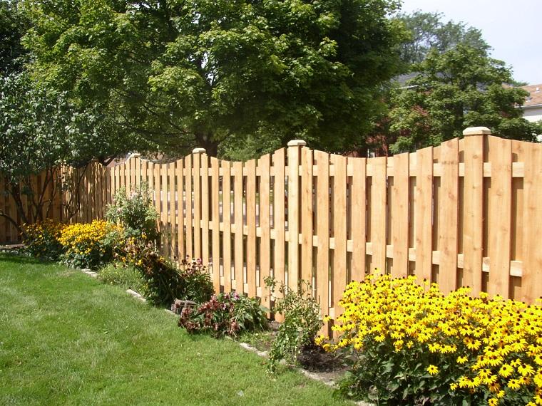 separe da giardino liste legno chiaro