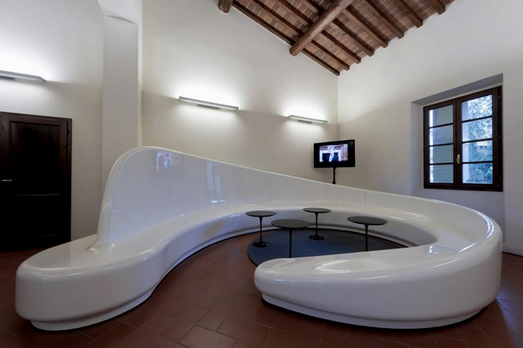soggiorno moderno divano bianco design avanguardia