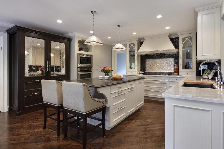 Arredamento classico: per tutta la casa, tante proposte in questo ...