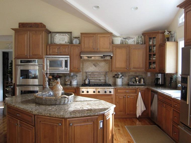 stile classico cucina top marmo