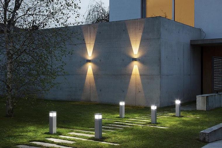 Illuminazione vialetto esterno ginnasticalmajuventusfano