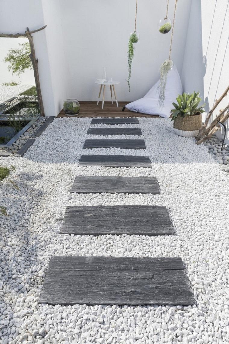 Favoloso Vialetti giardino: 34 proposte per abbellire il proprio outdoor  TV59