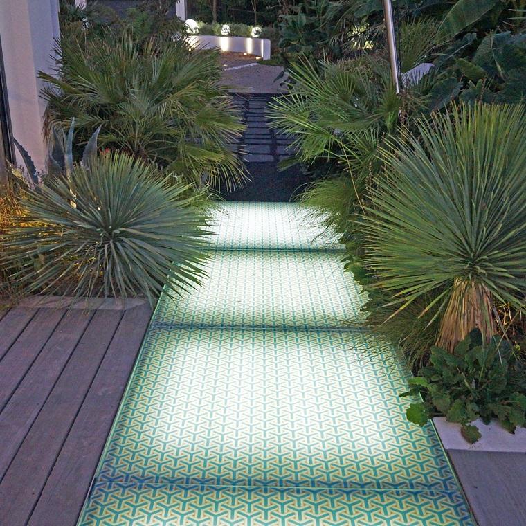Vialetti giardino 34 proposte per abbellire il proprio - Vialetto giardino illuminato ...