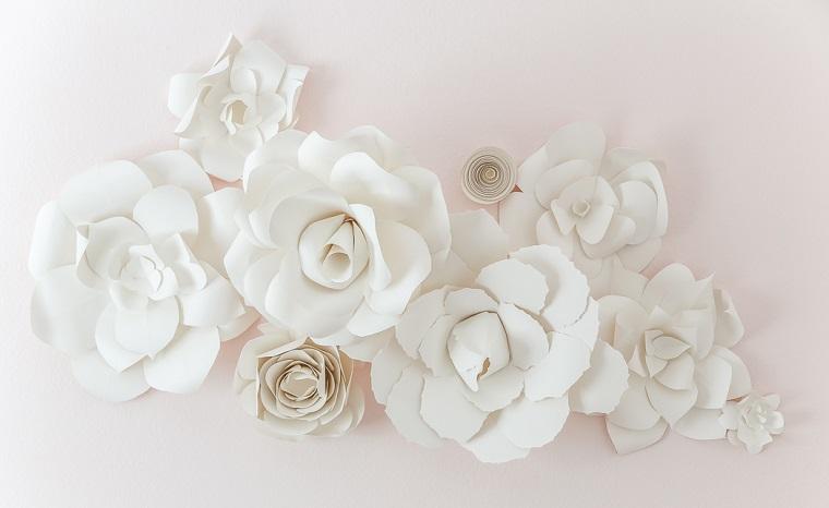 addobbi di primavera fiori di carta colore bianco tutorial origami floreale