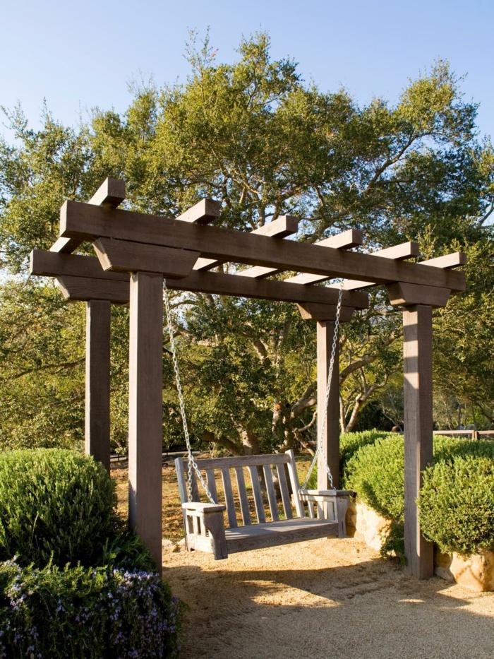 altalena legno particolare originale pratica giardino