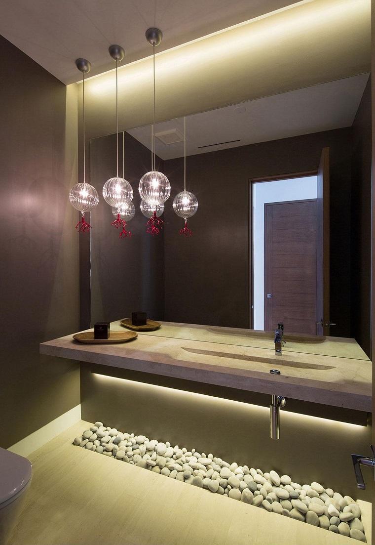 Bagno moderno 100 idee e soluzioni di design per un for Arredamento particolare