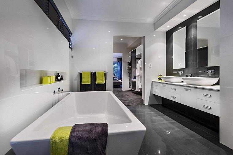 arredamento bagno moderno mobile bianco sospeso vasca