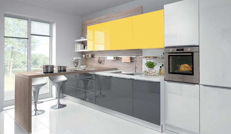 Cucina bianca e grigia un tocco di stile alla vostra zona for Cucina arredamento