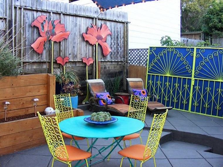 arredare balcone soluzione mobili colorati