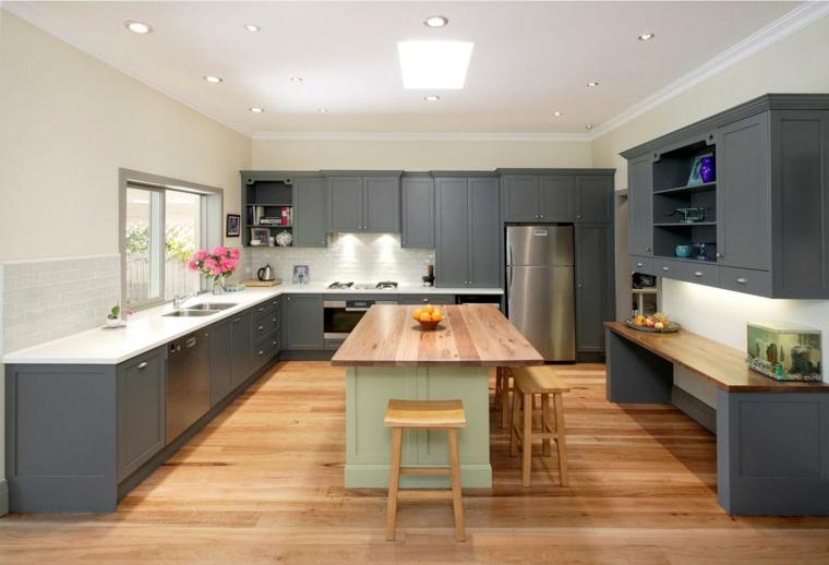 arredare casa moderna cucina pavimento legno isola centrale