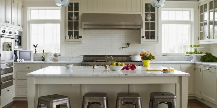 arredare cucina mobili colore bianco stile country