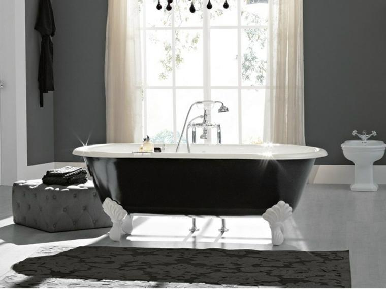 Bagno classico ecco alcuni suggerimenti per un for Arredo bagno stile classico