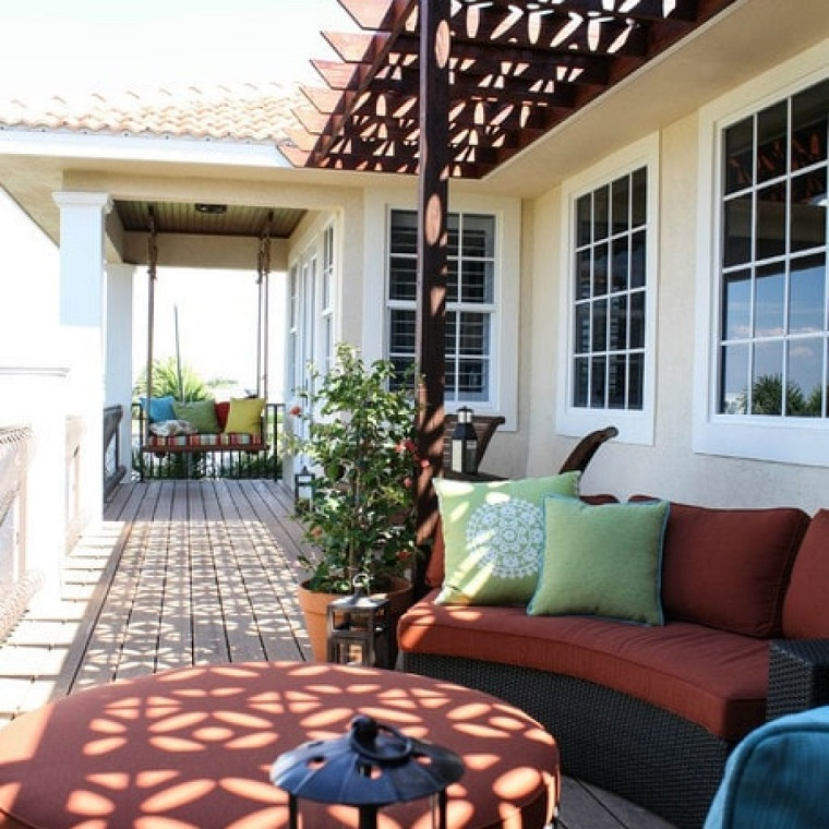 Terrazzi e balconi tante idee trendy per un esterno for Arredo balcone