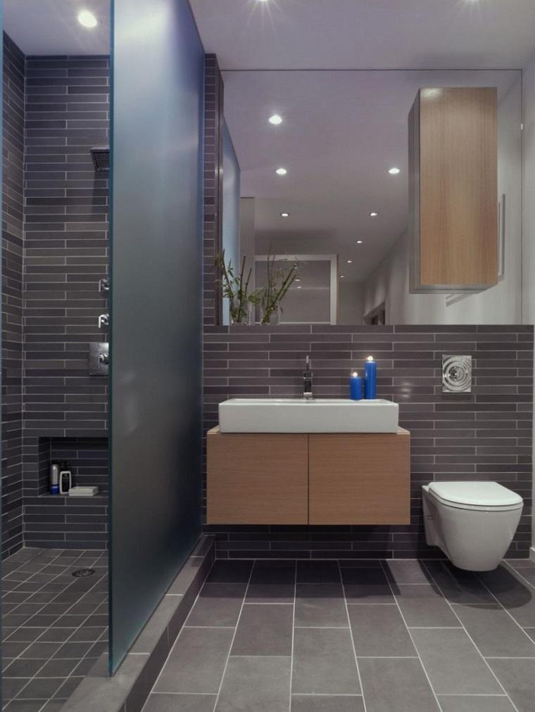 bagni moderni piccoli soluzione piastrelle grigie