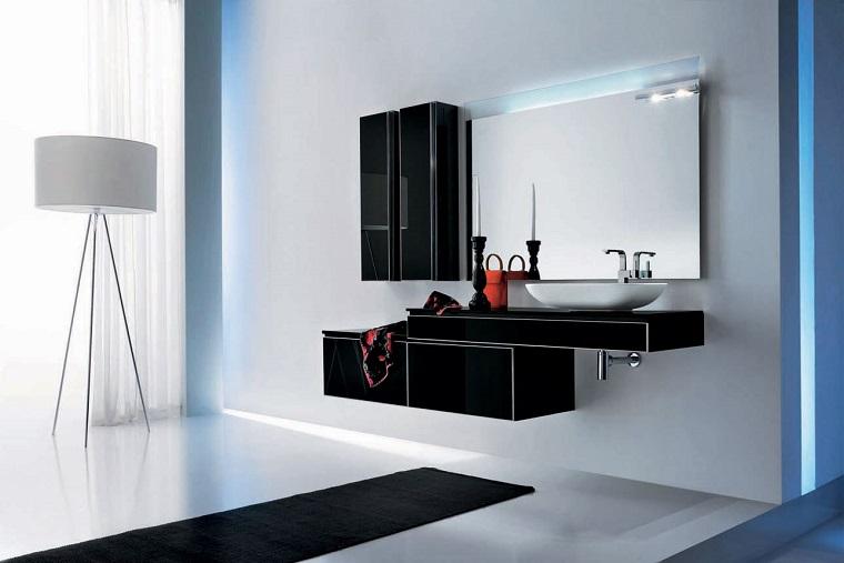 bagno arredato decorato stile moderno mobili colore nero
