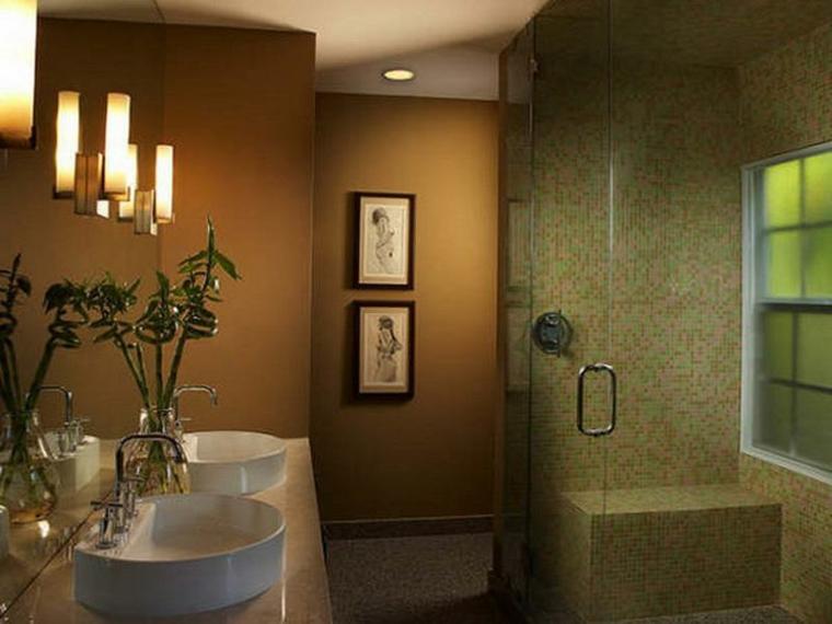 bagno con mosaico suggerimento colori freschi