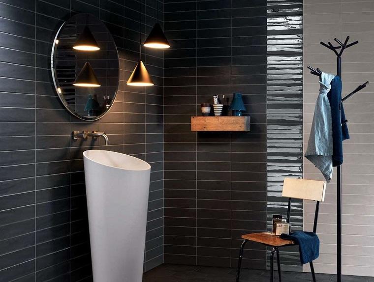 bagno moderno lavabo particolare specchio rotondo