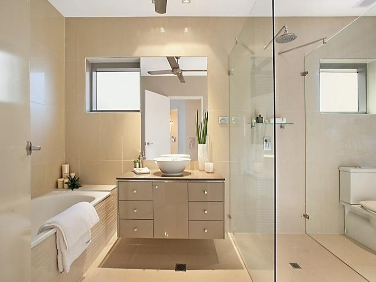 bagno moderno mobile sospeso box doccia vetro