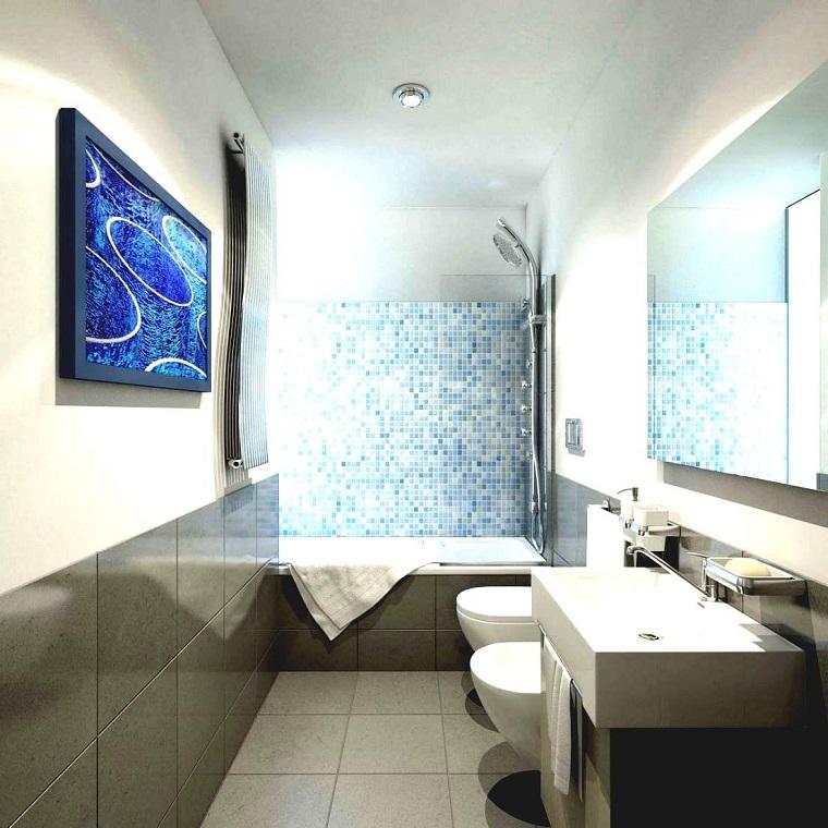 bagno moderno piccole dimensioni parete mosaico