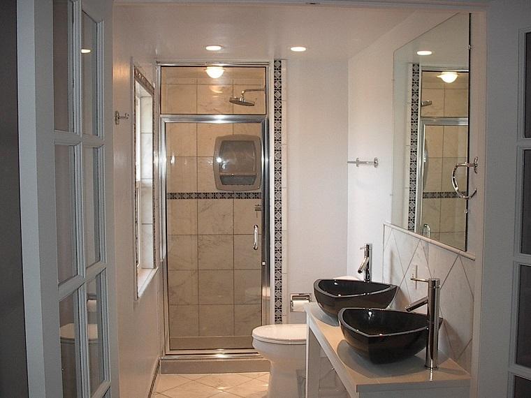 bagno moderno piccolo doppio lavabo