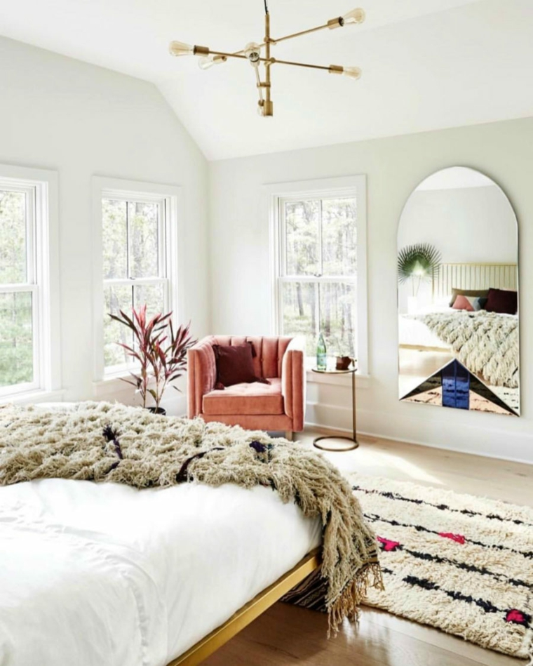 Specchi moderni ecco idee davvero originali per la vostra for Camera da letto interior design