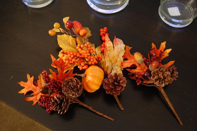 centrotavola autunnale foglie pigne