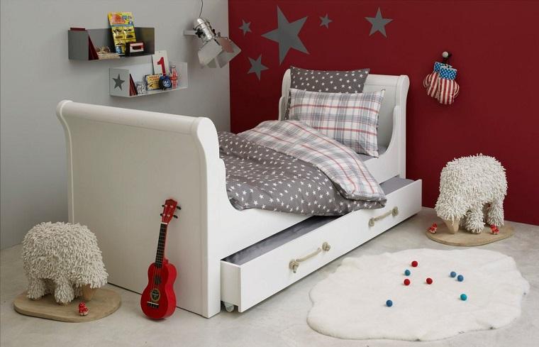 colore cameretta bianco rosso letto design particolare mensole