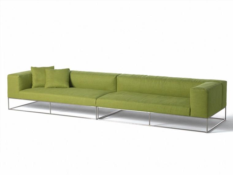 colori pantone idee arredo divano verde