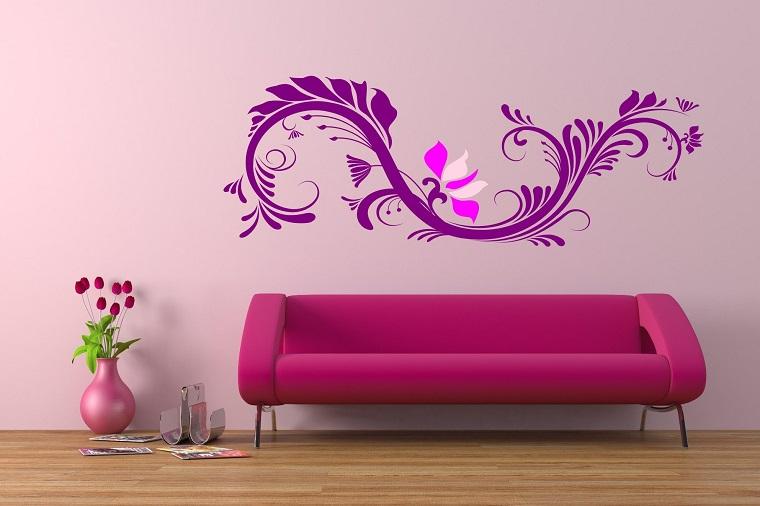 colori parete soggiorno idea viola decorazione