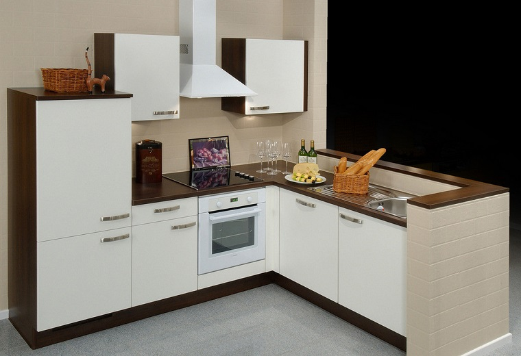 cucina angolare mobili bianchi moderni