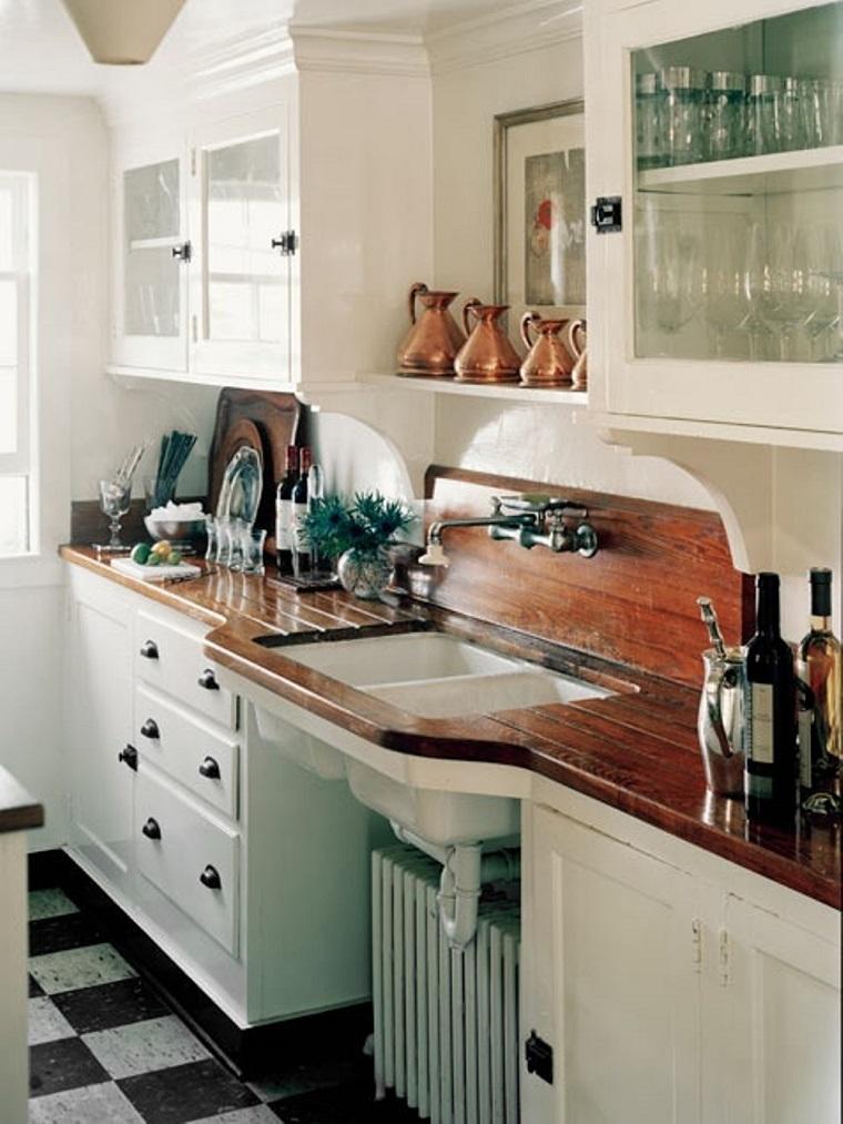 cucina arredata stile vintage piano lavoro legno