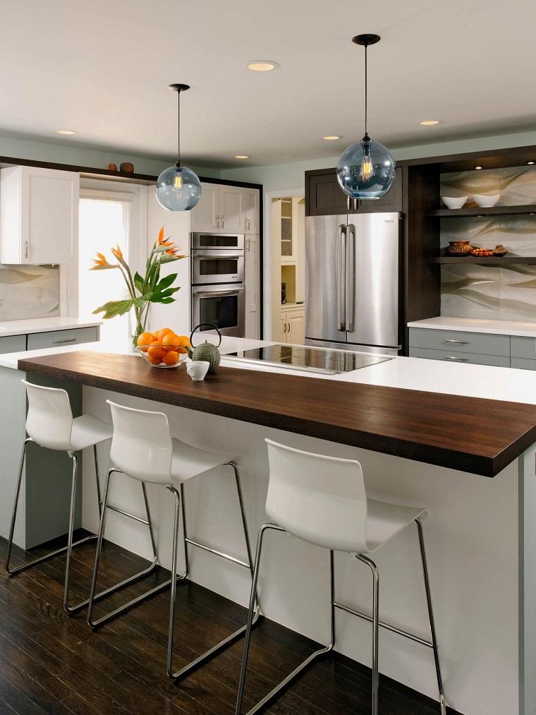 cucina con isola top legno funzione bar design