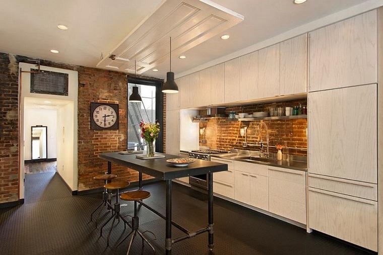 cucina elegante paraschizzi originale tipo industriale