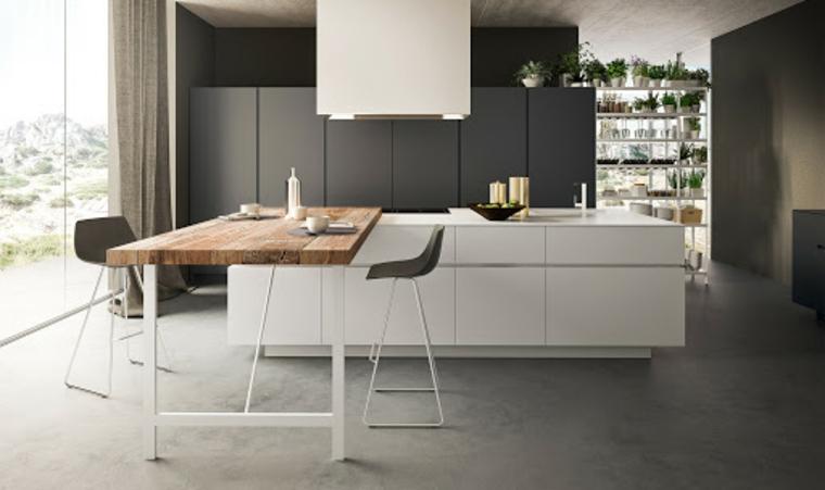 Cucina moderna grigia, cucina con isola centrale con tavolo di legno e sedie