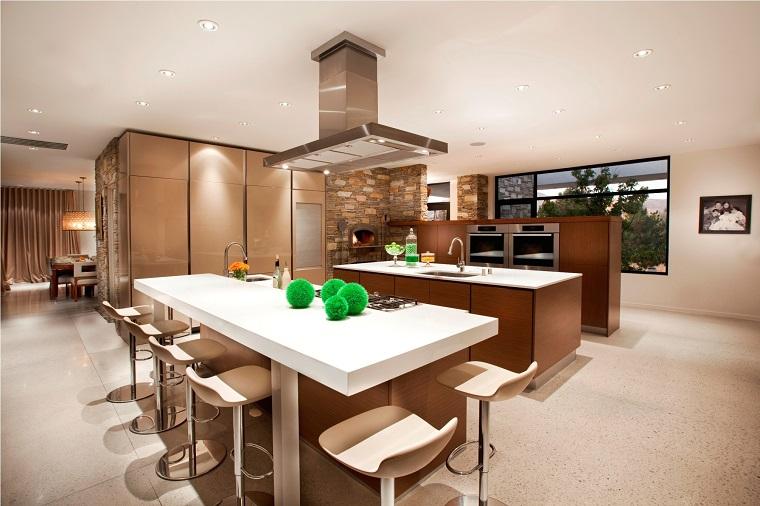 cucina open space mobili marroni