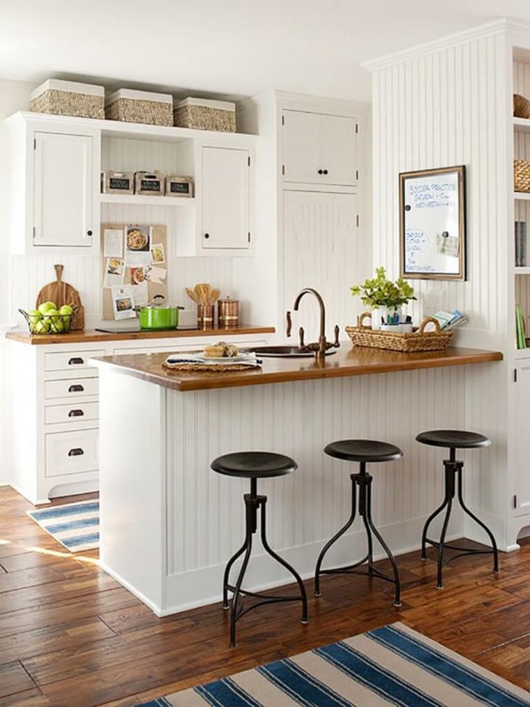 cucina semplice particolare colori freschi vivaci moderni