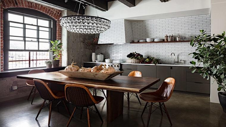 cucina stile industriale mensole vista