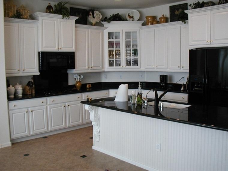 cucine ad angolo idea bianco nero