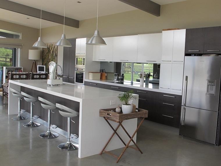 cucine con isola idea moderna bianco grigio