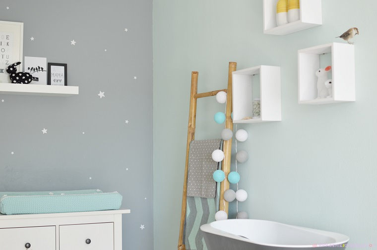 Colori pareti camerette tonalit idee e accostamenti di - Idee camera neonato ...