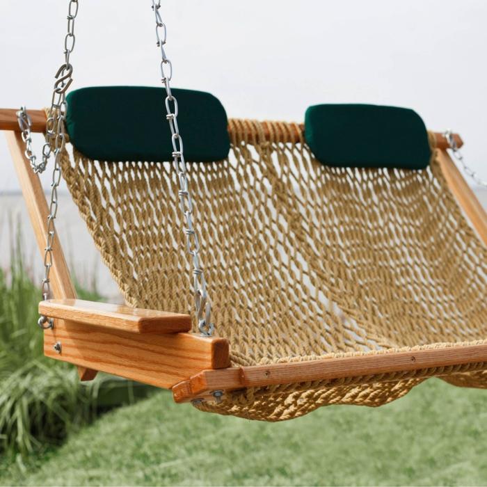 idea pratica funzionale interessante altalena legno giardino