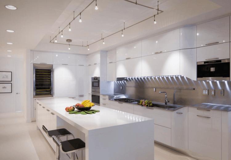 Soggiorno illuminazione soggiorno cucina gallery of faretti