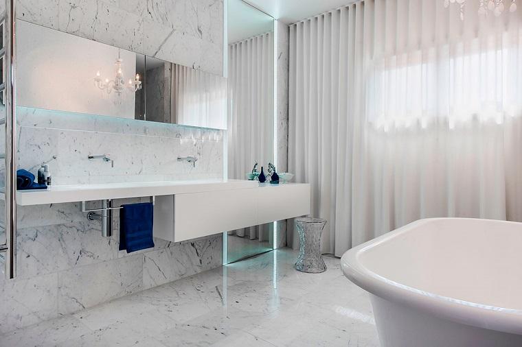 mobile bianco sospeso design moderno vasca bagno
