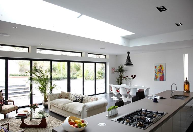 open space arredamento stile moderno grande vetrata