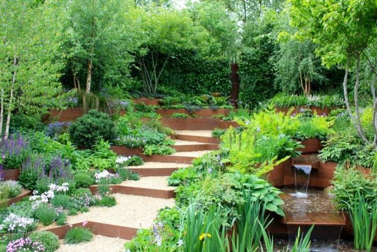 paesaggio favola originale particolare giardino verde