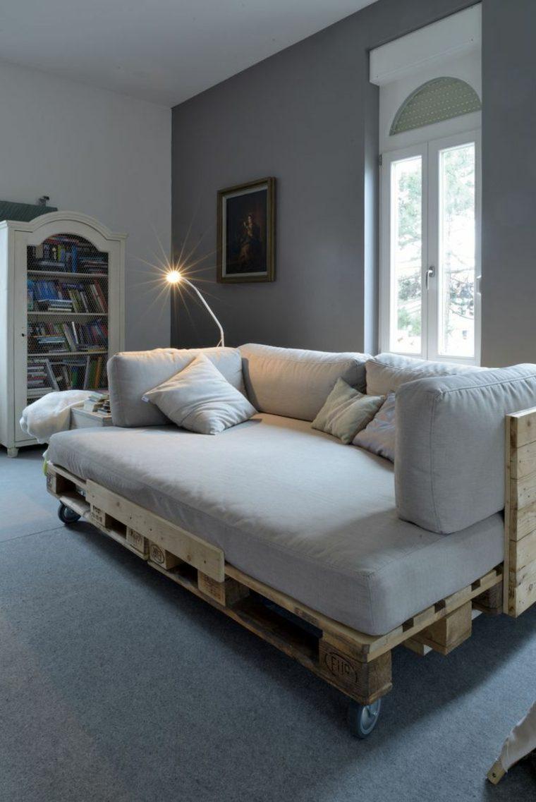 pallet usato realizzazione divano design originale