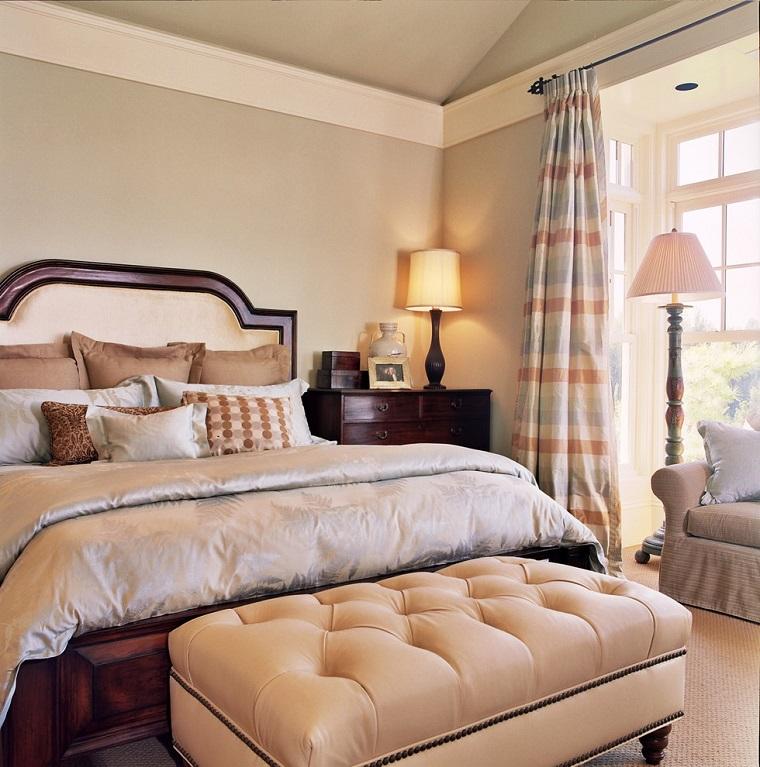 parete beige camera letto elegante