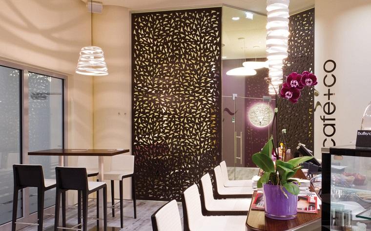 parete divisoria in legno idea decorazioni